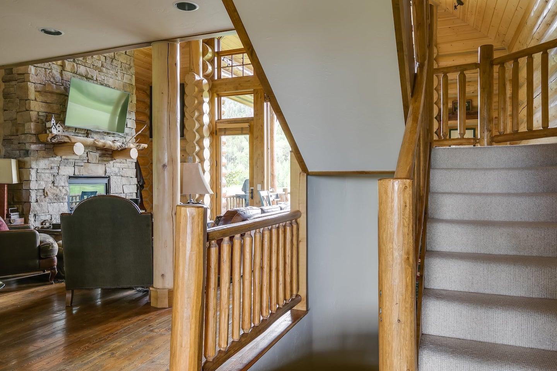 Eagles-Nest-Cabin-30