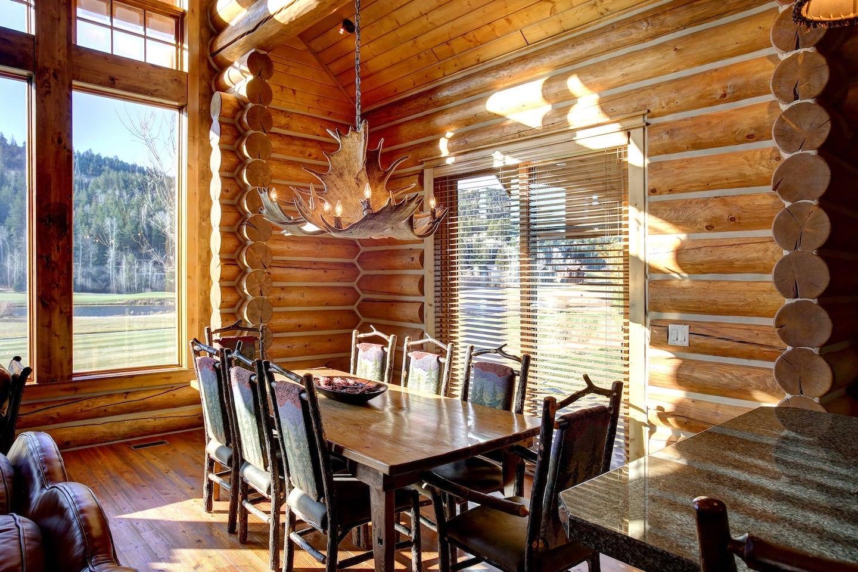 Moose-Cabin-10