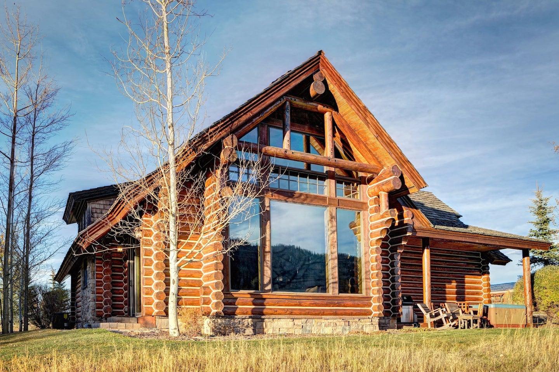 Moose-Cabin-2