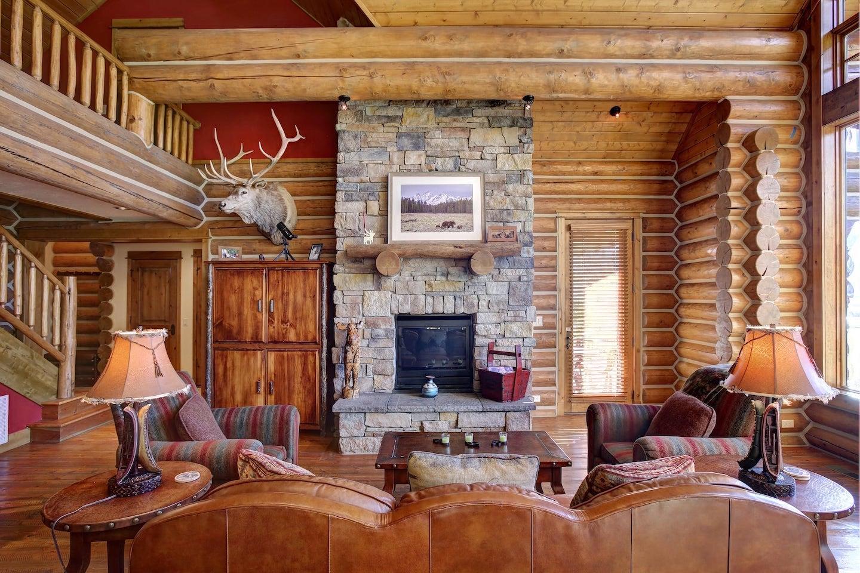 Moose-Cabin-9