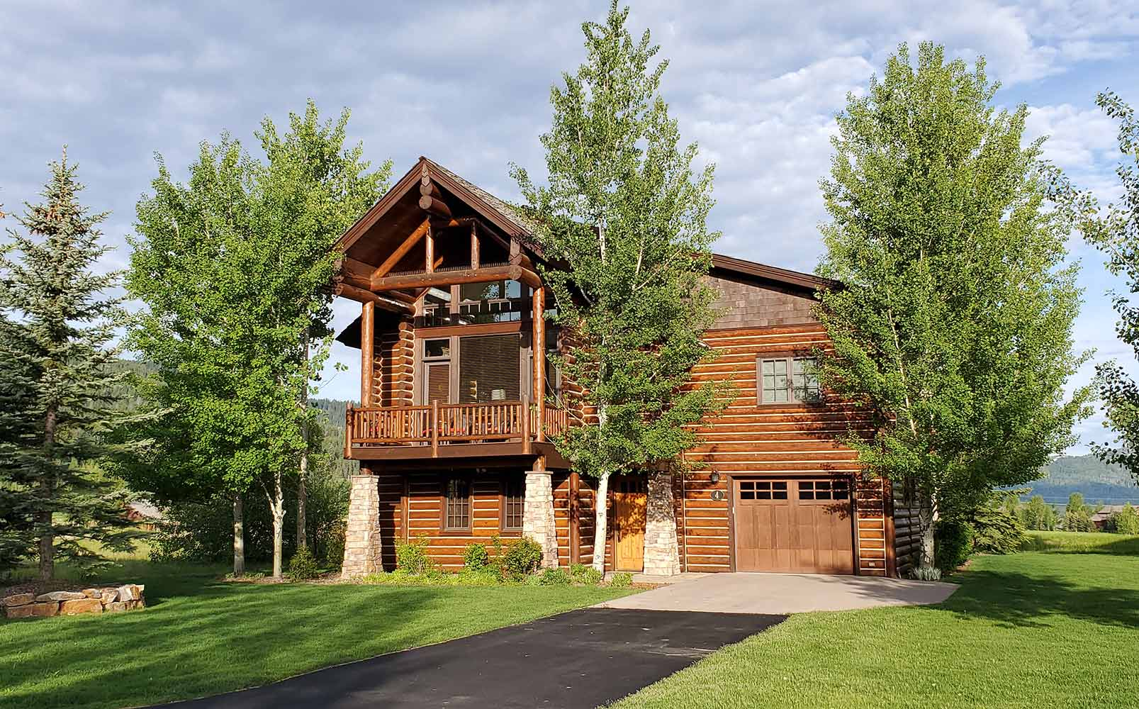Rymell Cabin - Log Home - Teton Valley