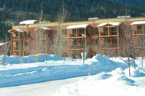 Winter Lodge - 4 Star Hotel - Victor Idaho