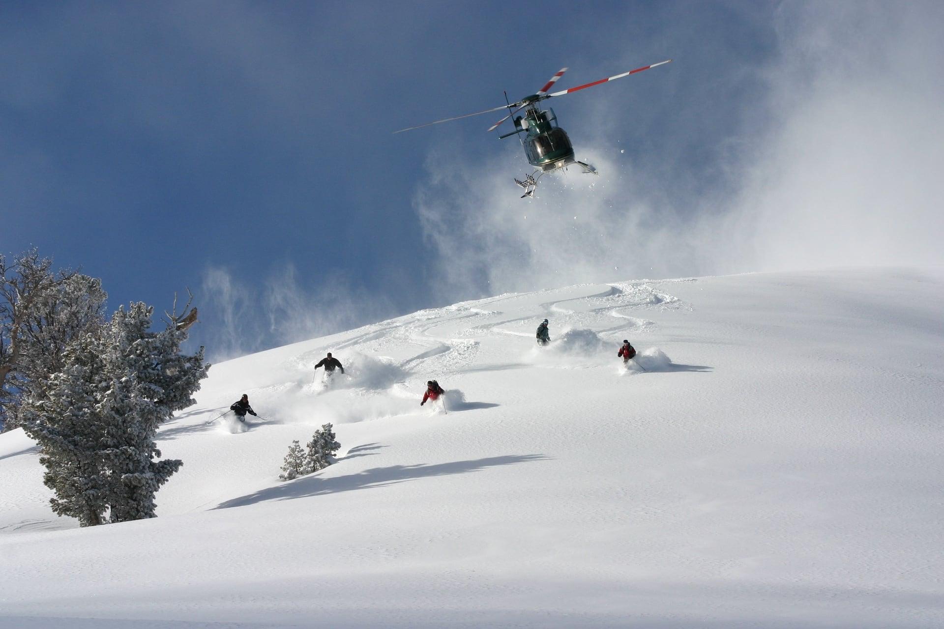 heli with skiers