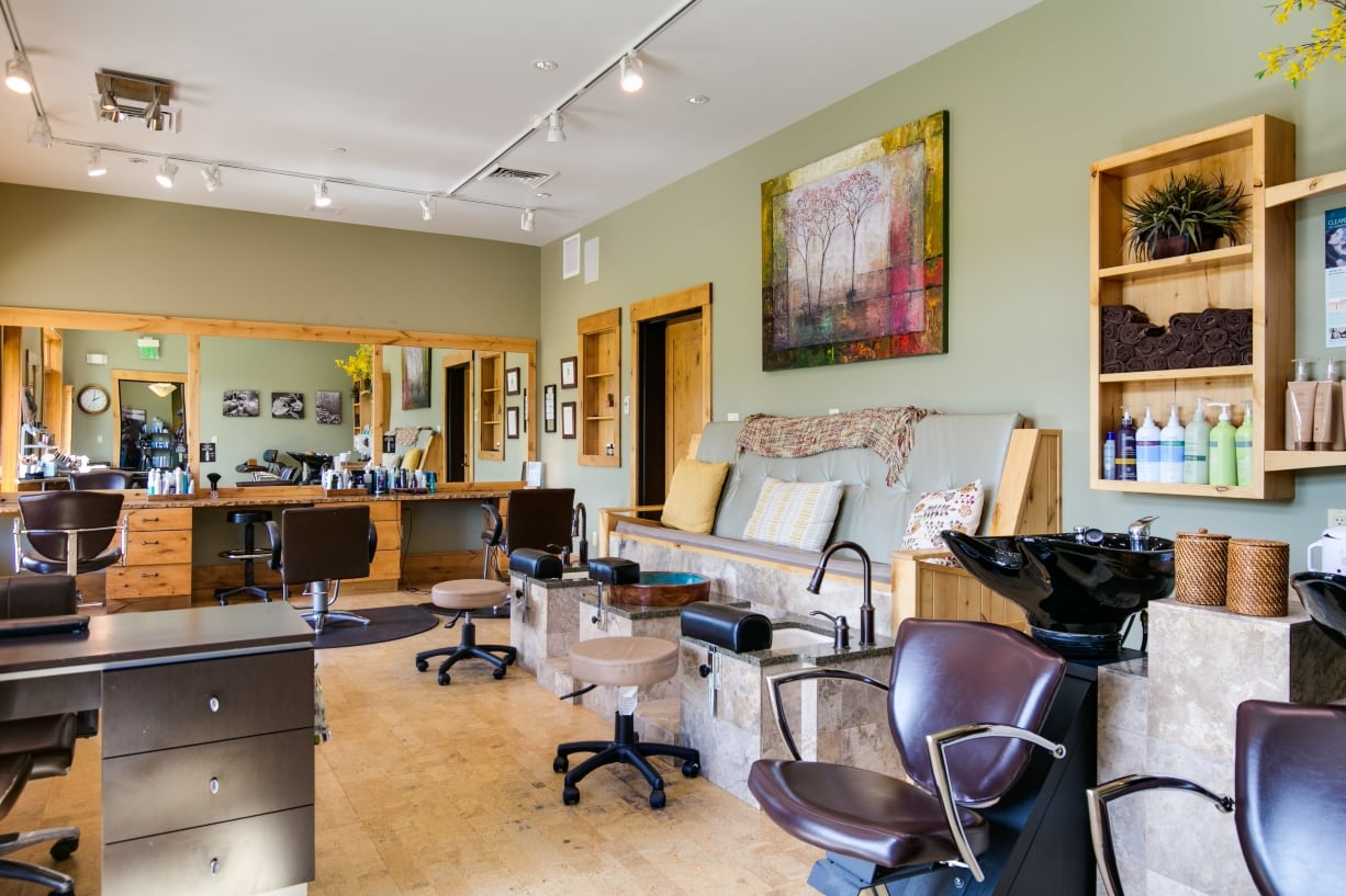 1 Stillwaters Spa and Salon