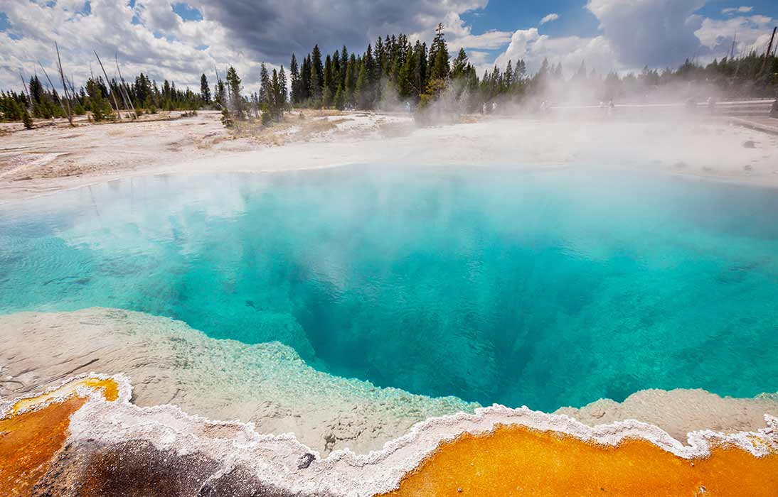 Hiking and Touring Yellowstone Park