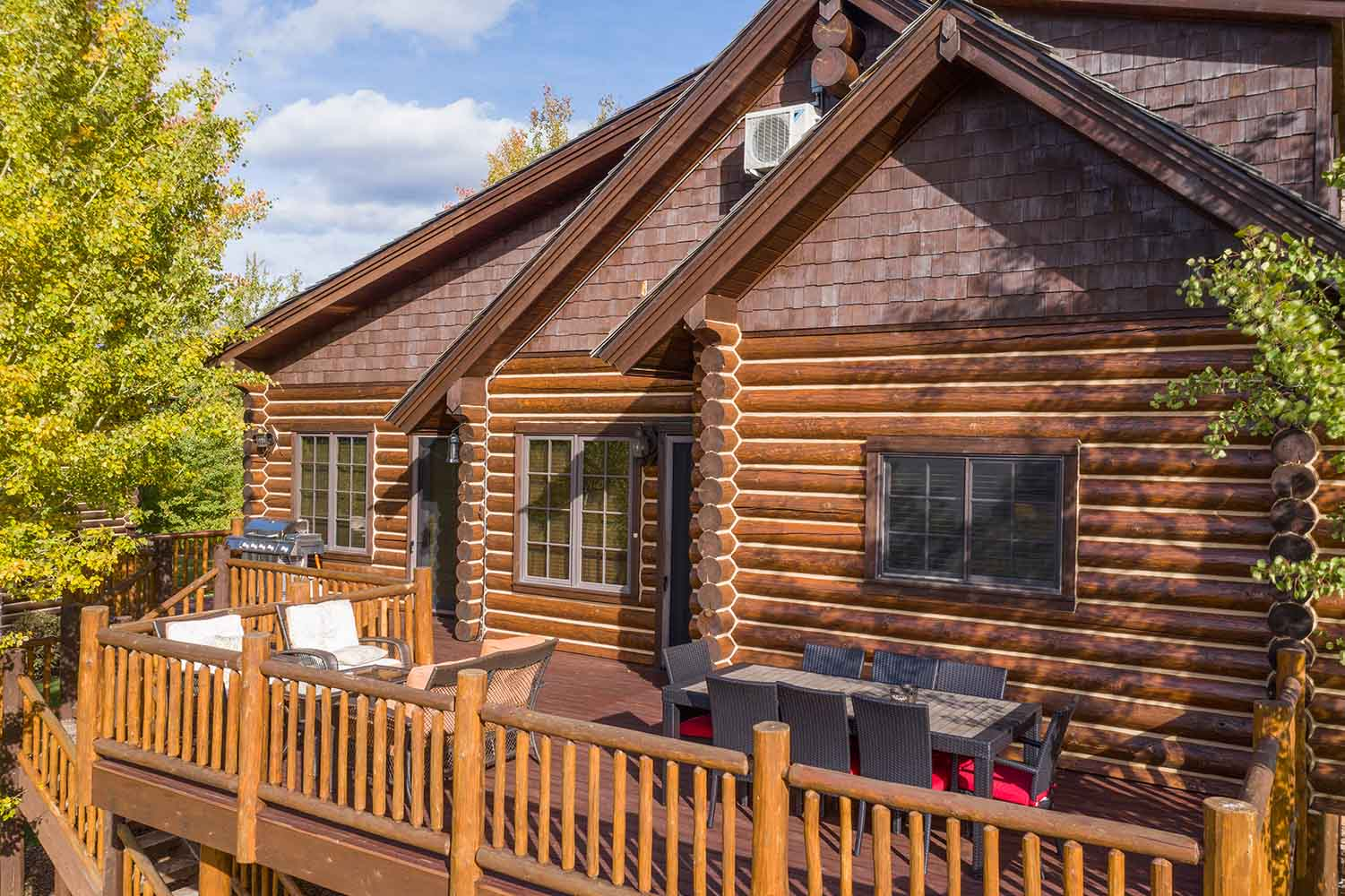 Rymell Log Cabin for Rent - Victor Idaho
