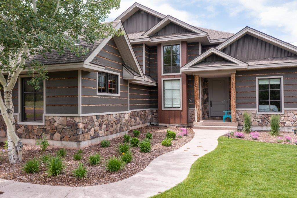 Sunset West Residence Home - Victor Idaho